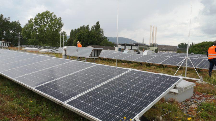 Solargründach - Werkstattshalle, Graz Holding